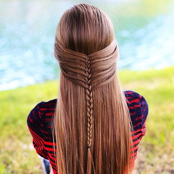 Качественная профилактика позволит забыть о выпадении волос у молодых девушек