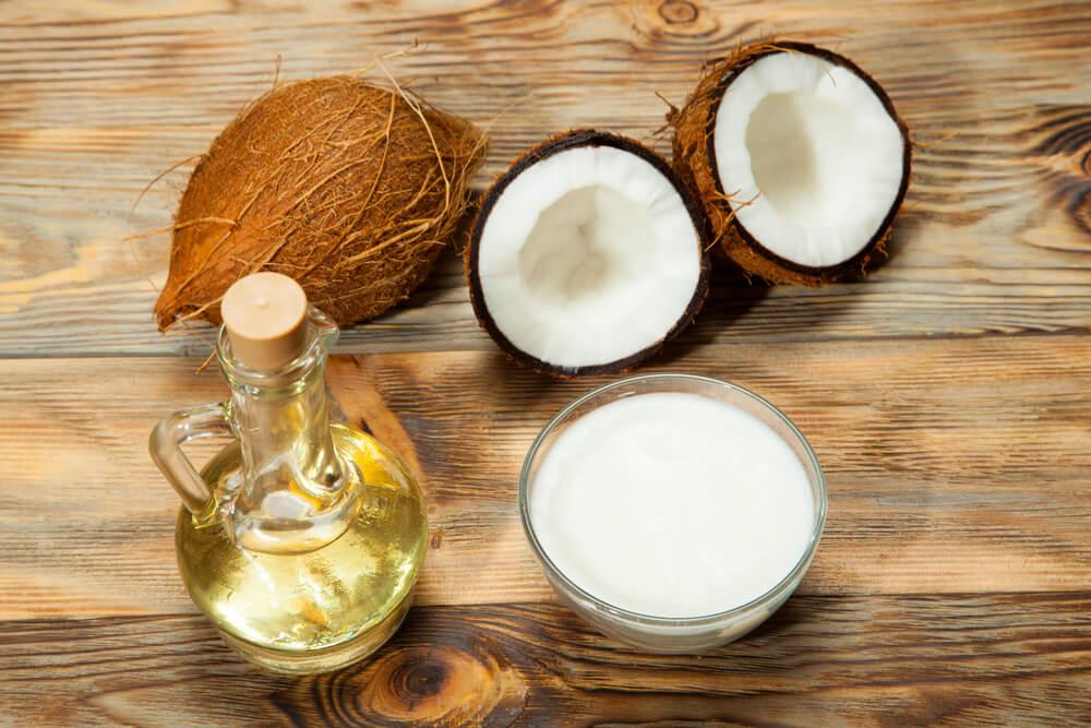Кокосовая маска с лимоном и эфирным маслом