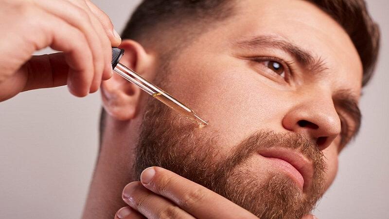 как наносить масло на бороду
